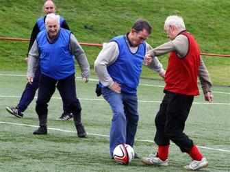 7. walkingfootball43289-2183463_478x359